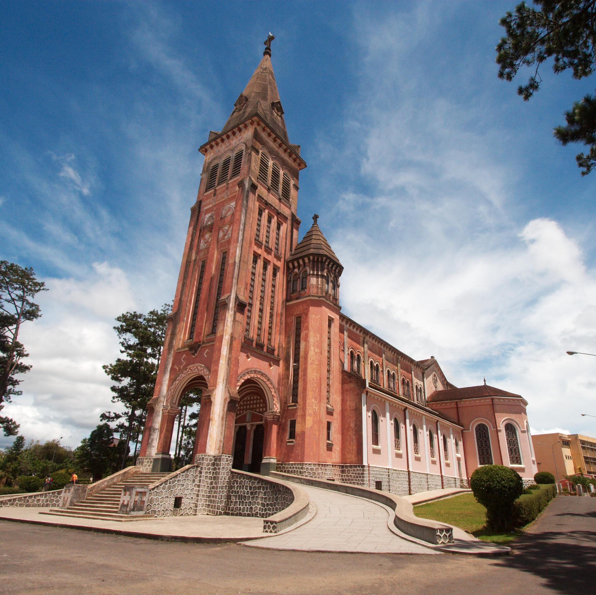 Nhà Thờ Chính Tòa Giáo Phận Đà Lạt