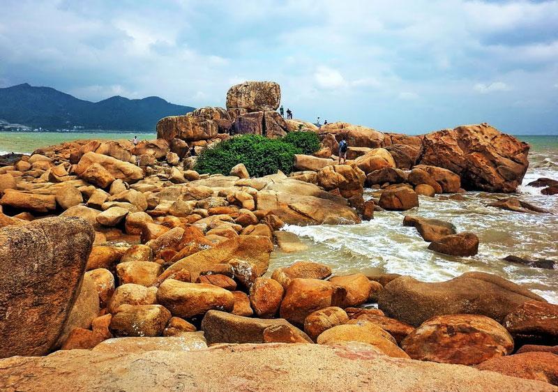 Đảo Hòn Chồng Nha Trang đẹp