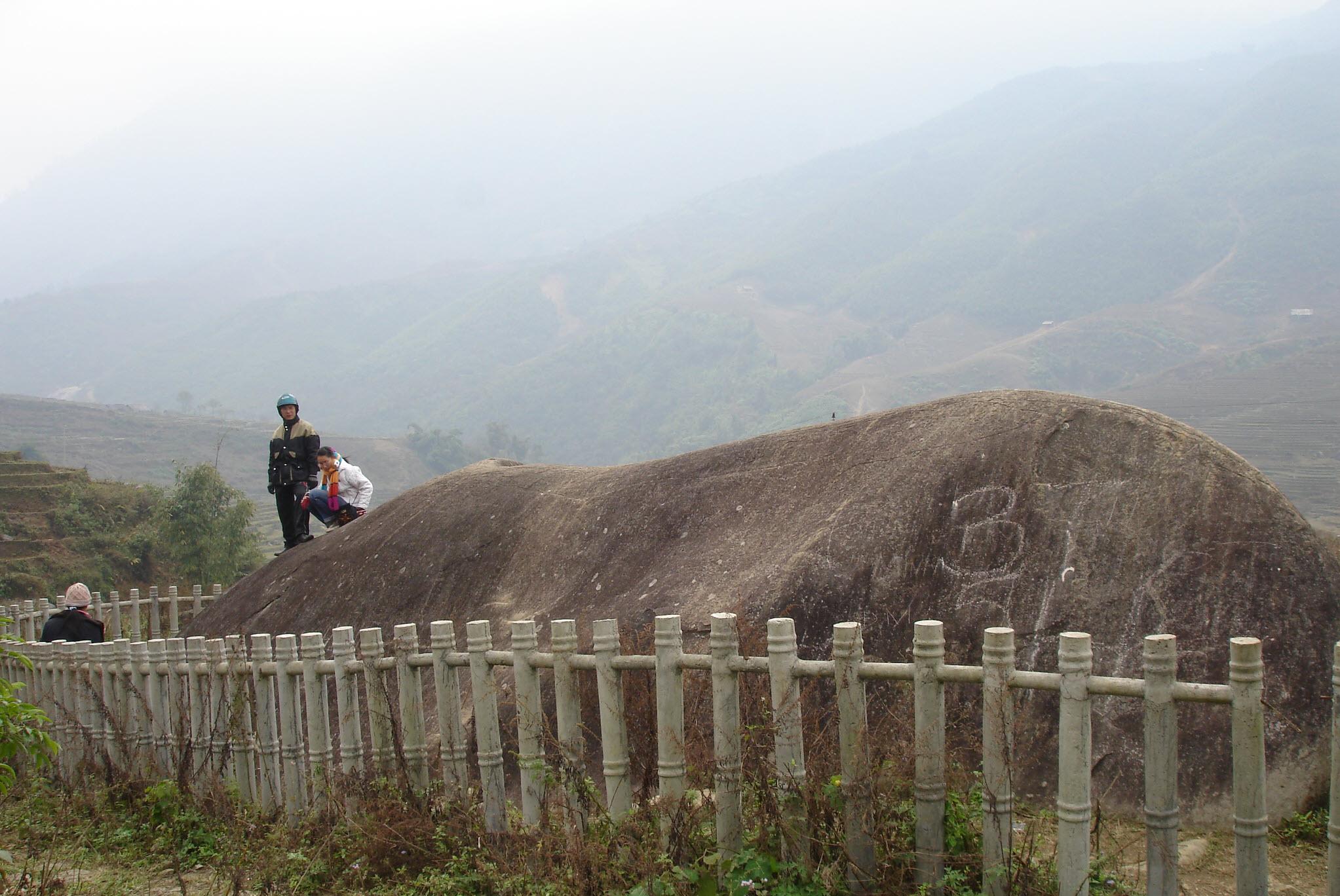 Hình ảnh bãi đá cổ Sapa