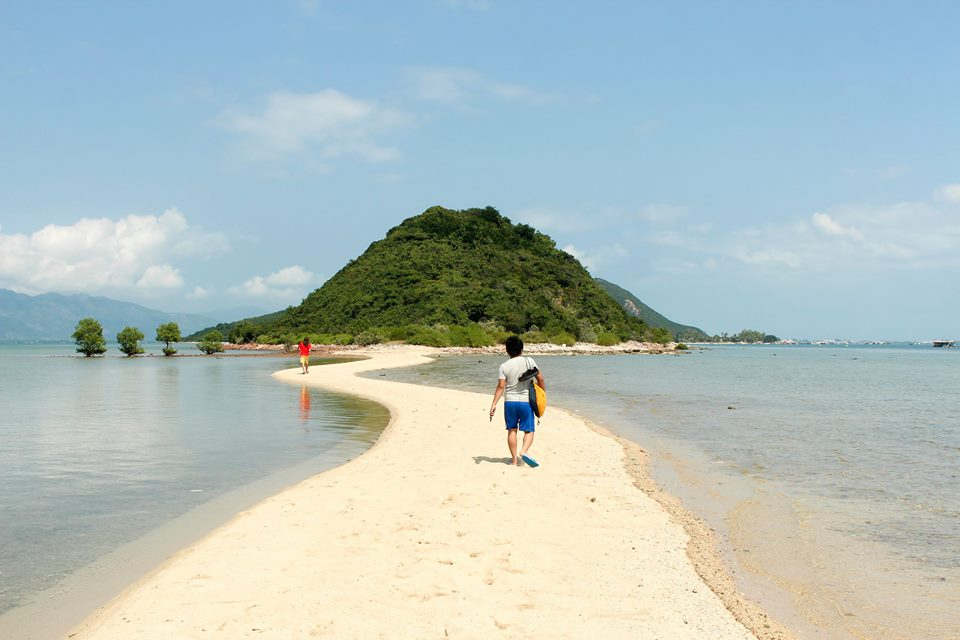 Vẻ đẹp của Đảo Diệp Sơn Nha Trang