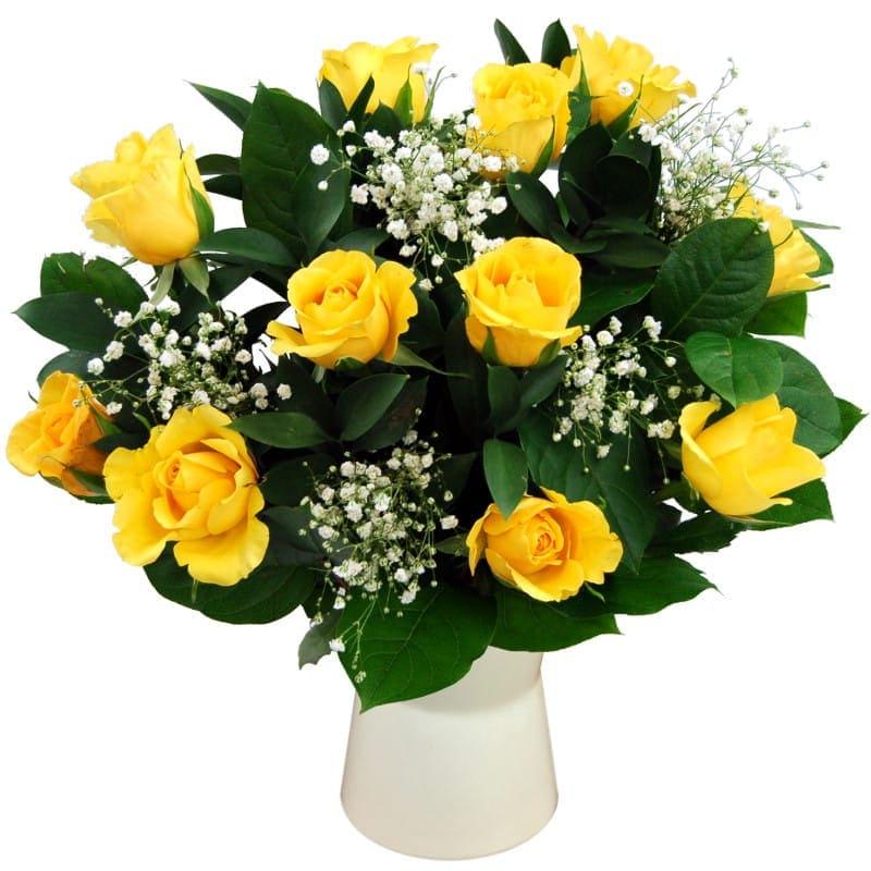 Lọ hoa hồng vàng