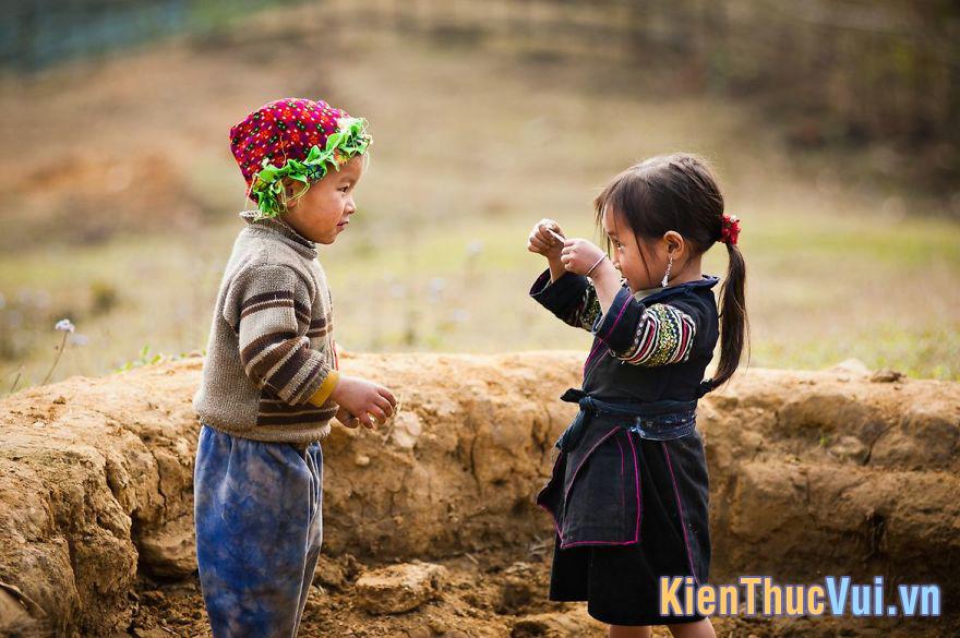 Không được tiếp xúc với tri thức luôn là một thiệt thòi lớn với nhiều đứa trẻ ở vùng cao