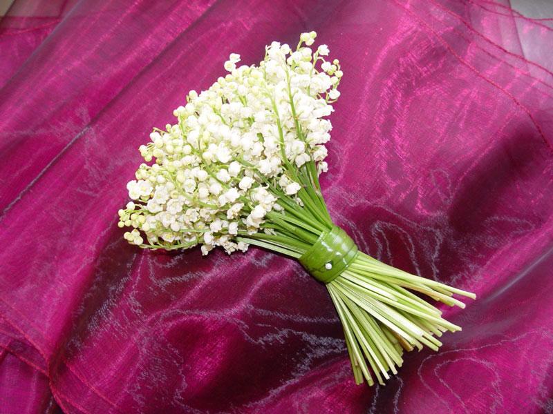 Hình ảnh bó hoa cưới bằng hoa linh lan đẹp nhất