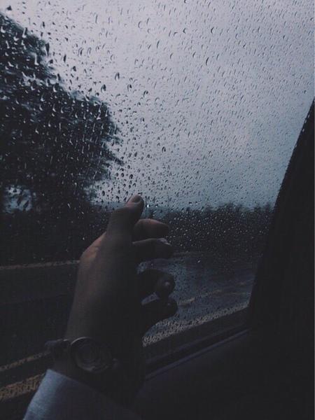 Ảnh mưa buồn mà đẹp