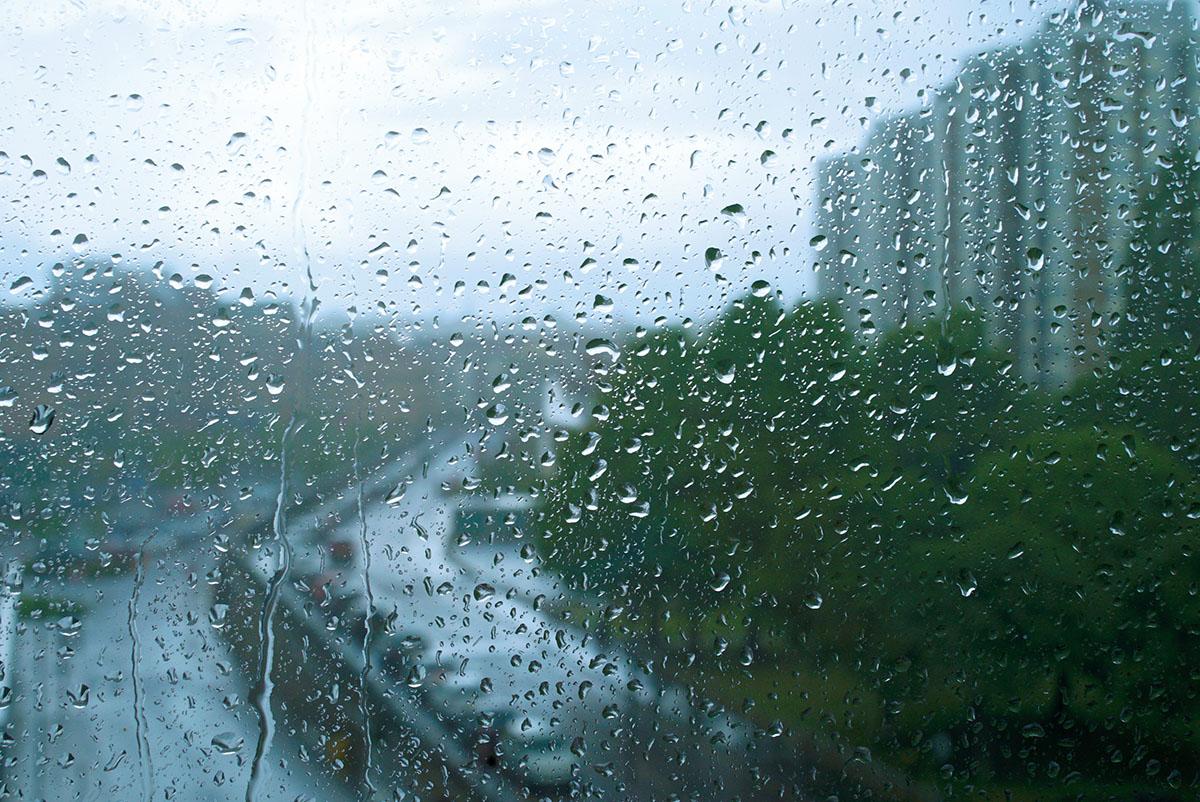 Hình ảnh cơn mưa buồn đẹp