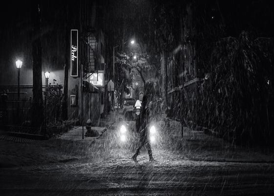 Hình ảnh cơn mưa buồn