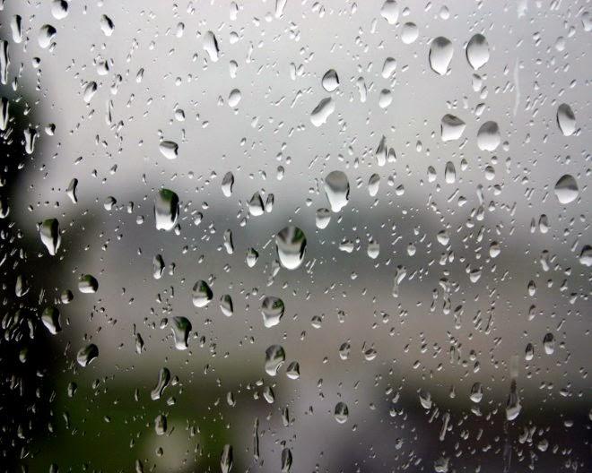 Hình ảnh mưa ngoài cửa sổ