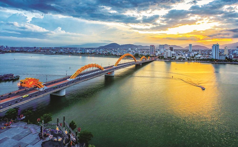 cầu rồng ở thành phố đà nẵng