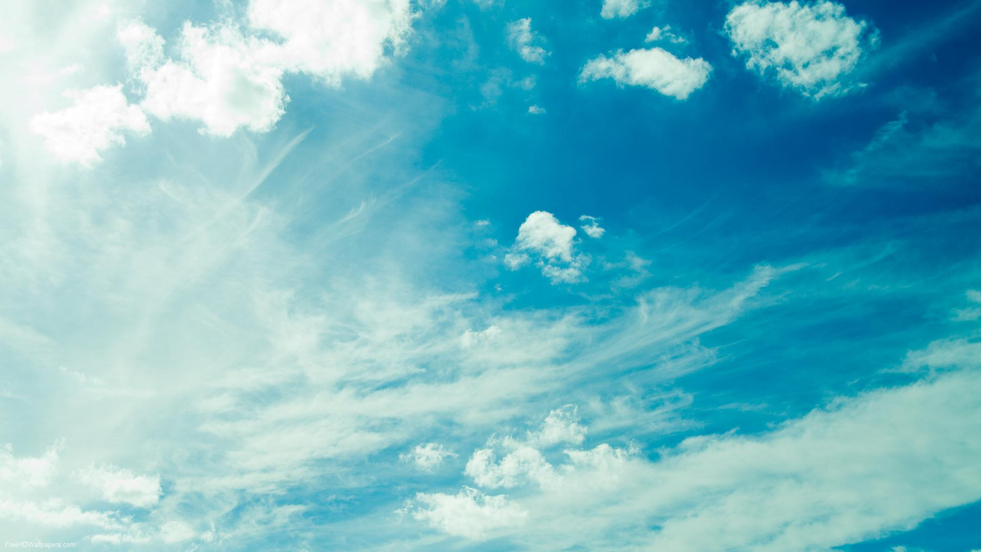 Ảnh bầu trời đẹp với màu xanh cobal