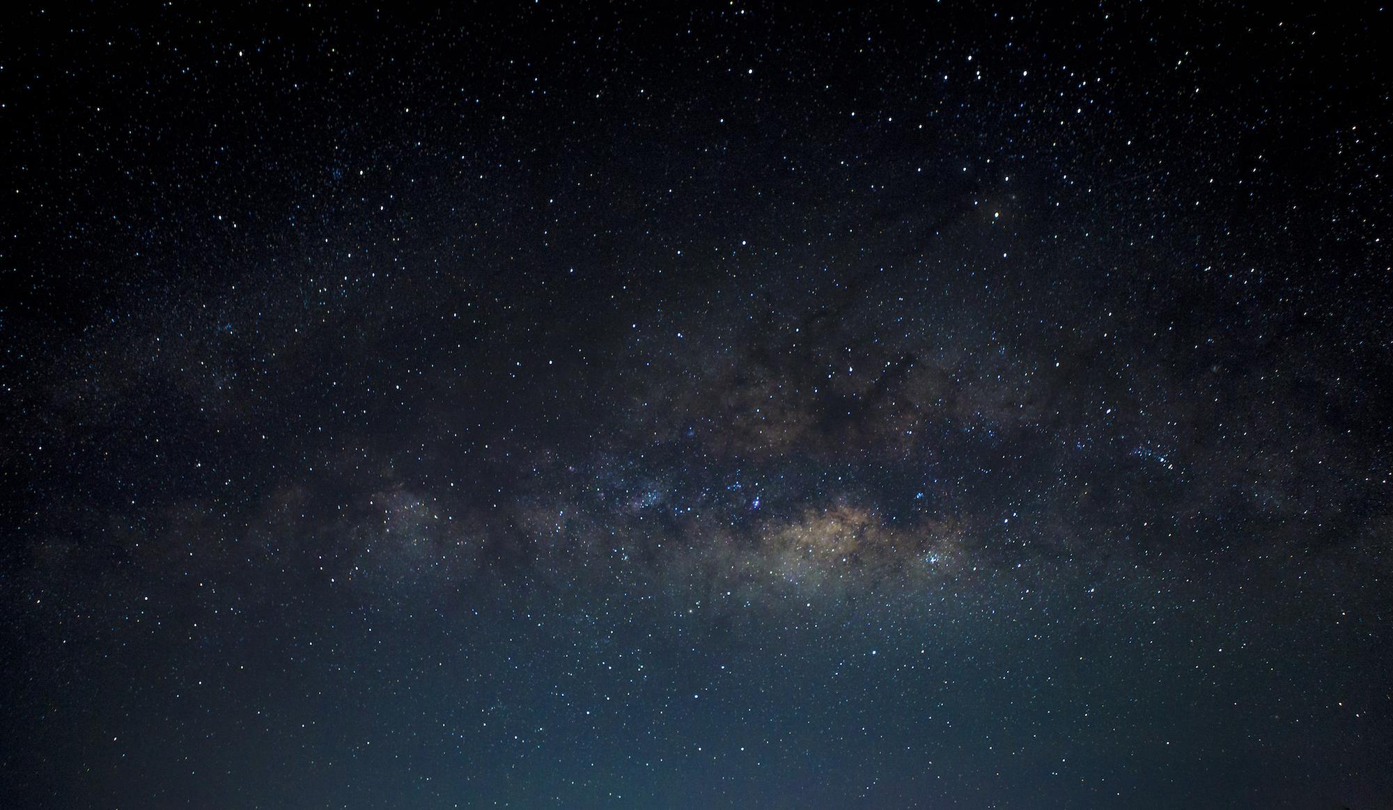 Ảnh bầu trời về đêm rất đẹp