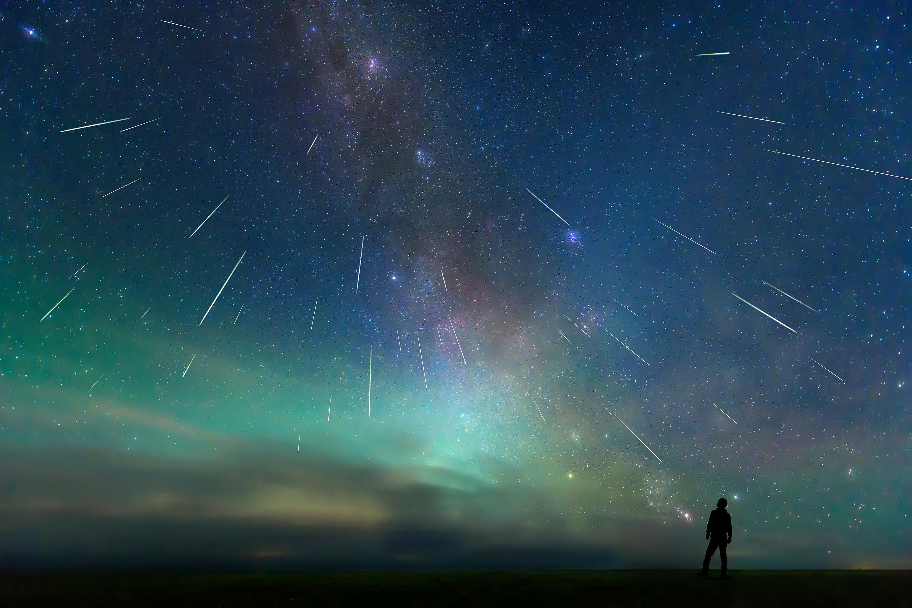 Bầu trời đêm xinh đẹp đầy ảo diệu