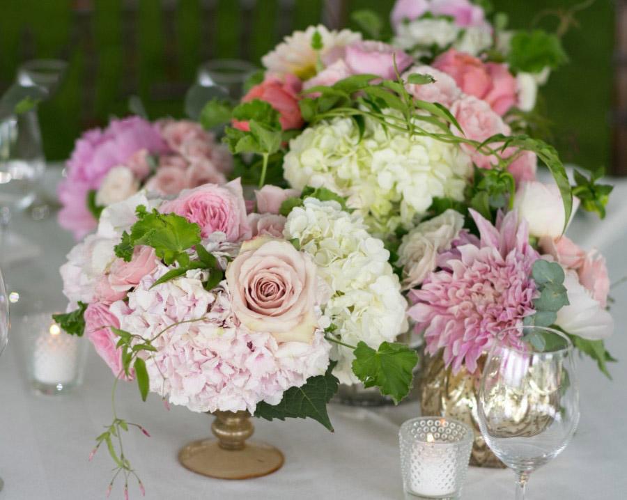Hình ảnh trang trí hoa Cát Tường ngày cưới đẹp nhất
