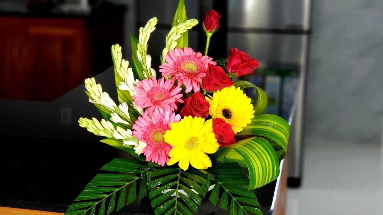 Ảnh cắm hoa để bàn thờ đẹp nhất