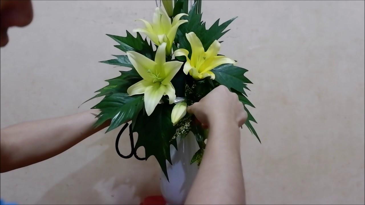 Hình ảnh cắm hoa bàn thờ đơn giản và đẹp nhất