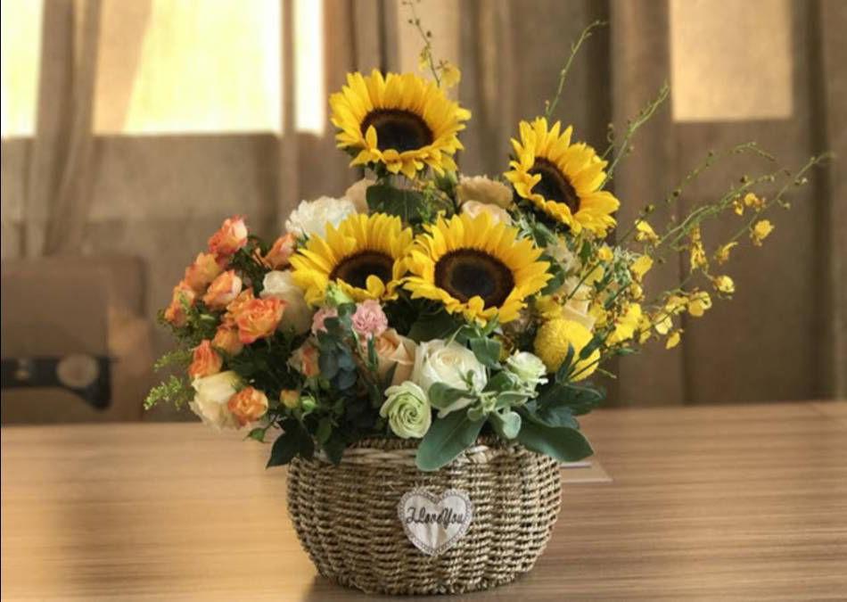 Mẫu cắm hoa Hướng Dương đẹp và đơn giản nhất