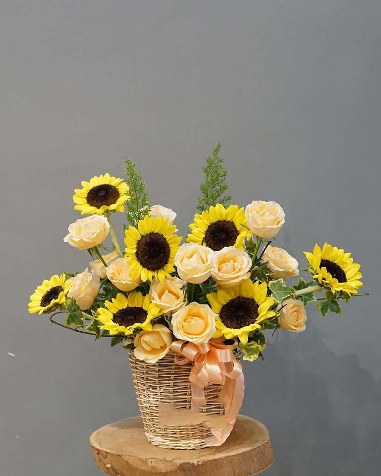 Mẫu cắm hoa Hướng Dương khai trương đẹp nhất