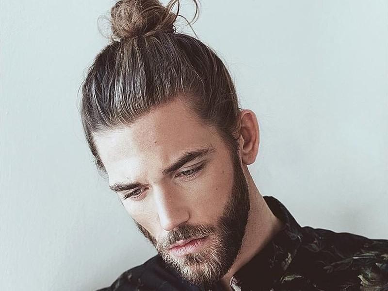 Kiểu tóc buộc búi dành cho nam