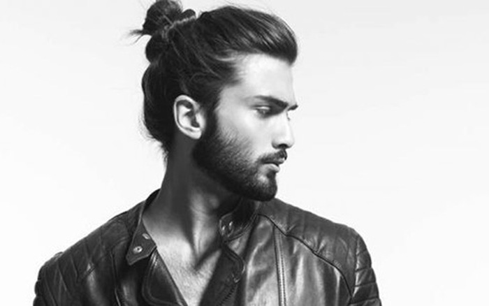 Tóc dài nam buộc búi rất đẹp