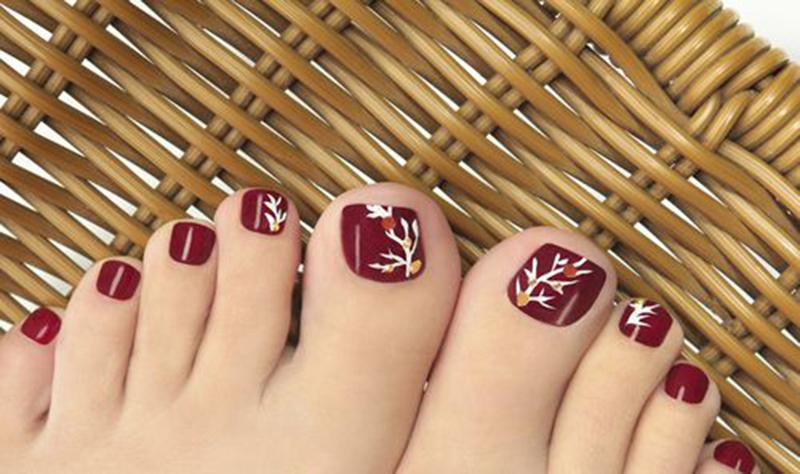 Kiểu mẫu vẽ móng chân sáng tạo và đẹp nhất