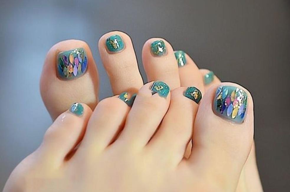 Mẫu móng chân đẹp đi chơi biển