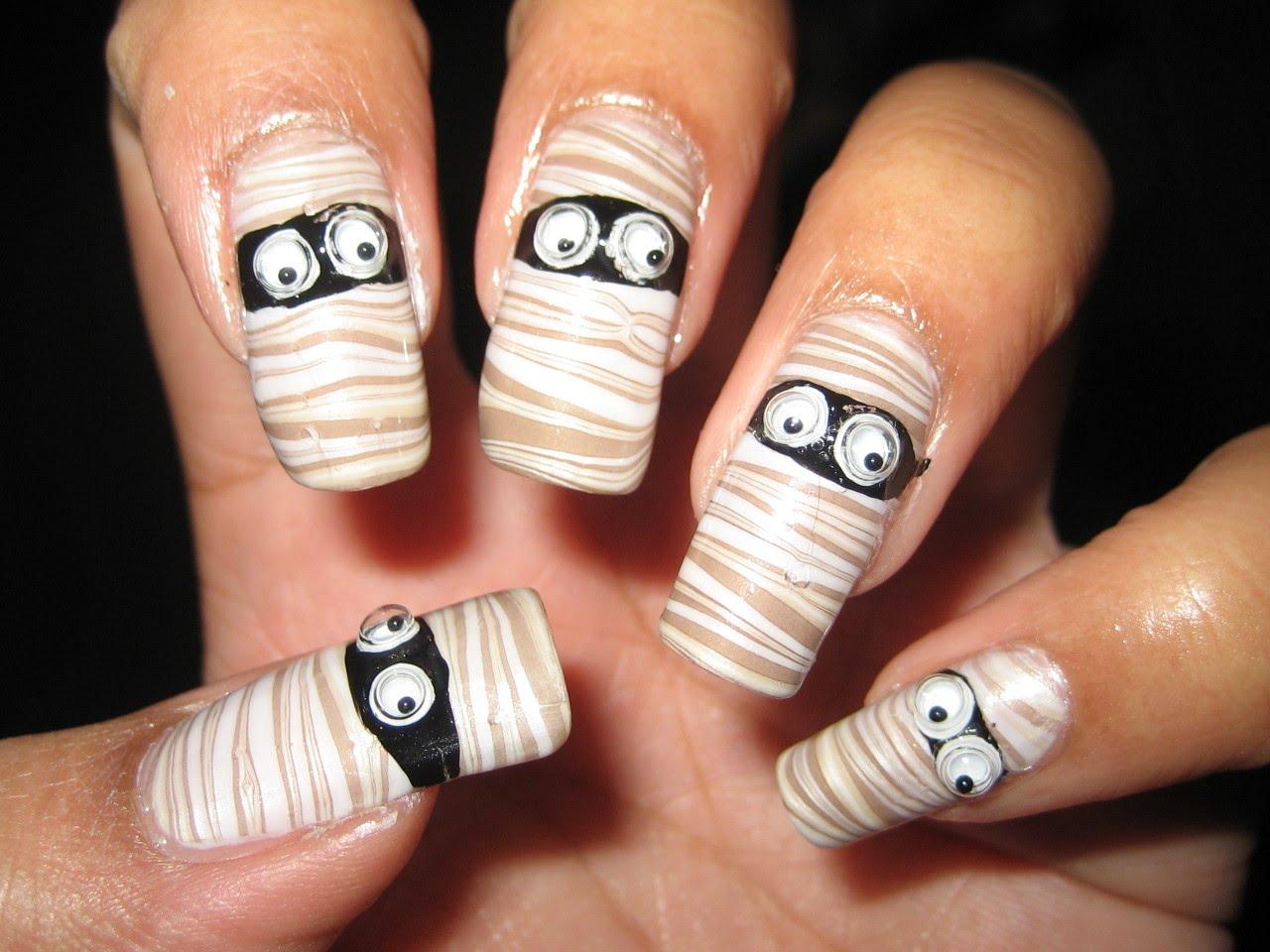 Mẫu nail đẹp độc đáo cho ngày Halloween