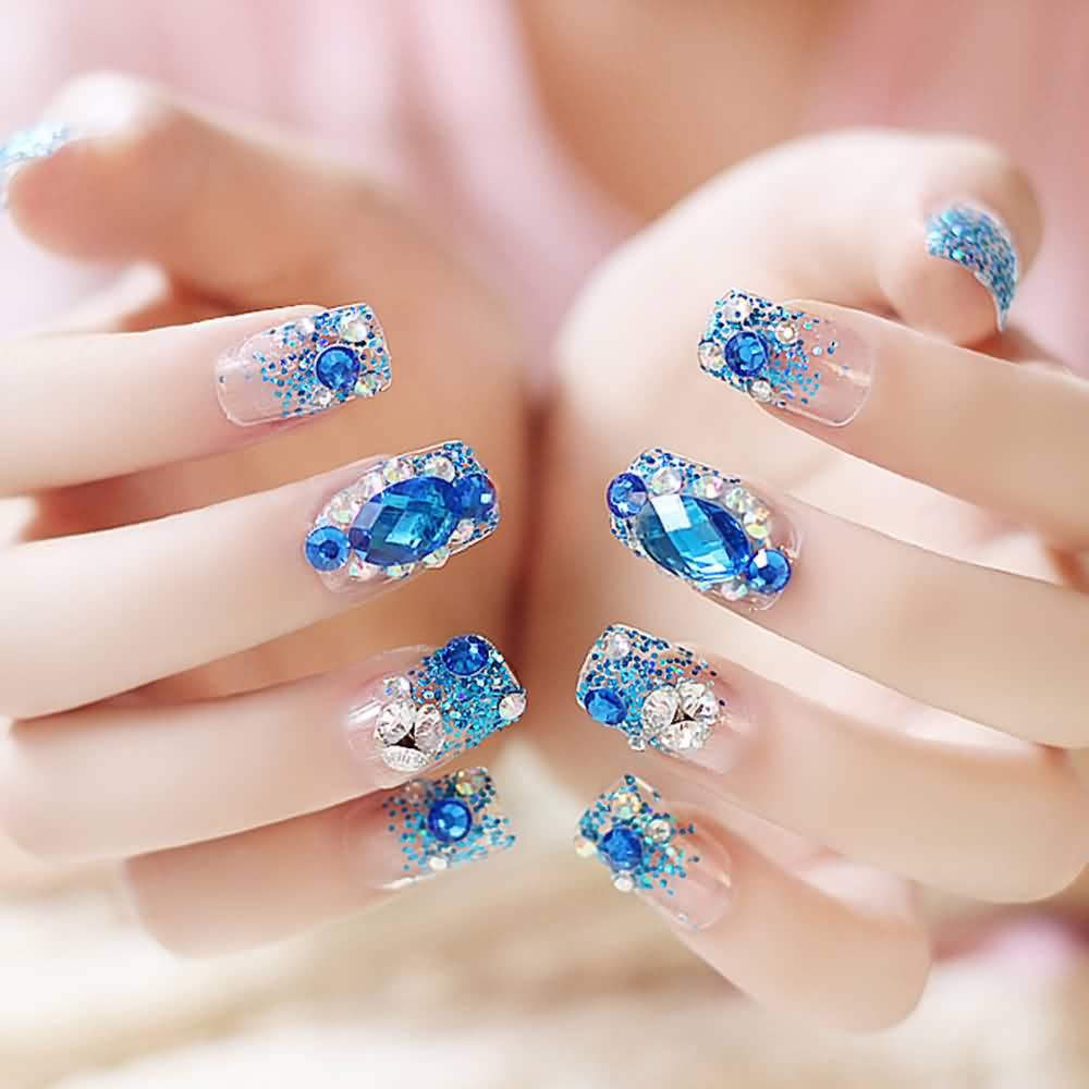 Mẫu nail đẹp gắn đá