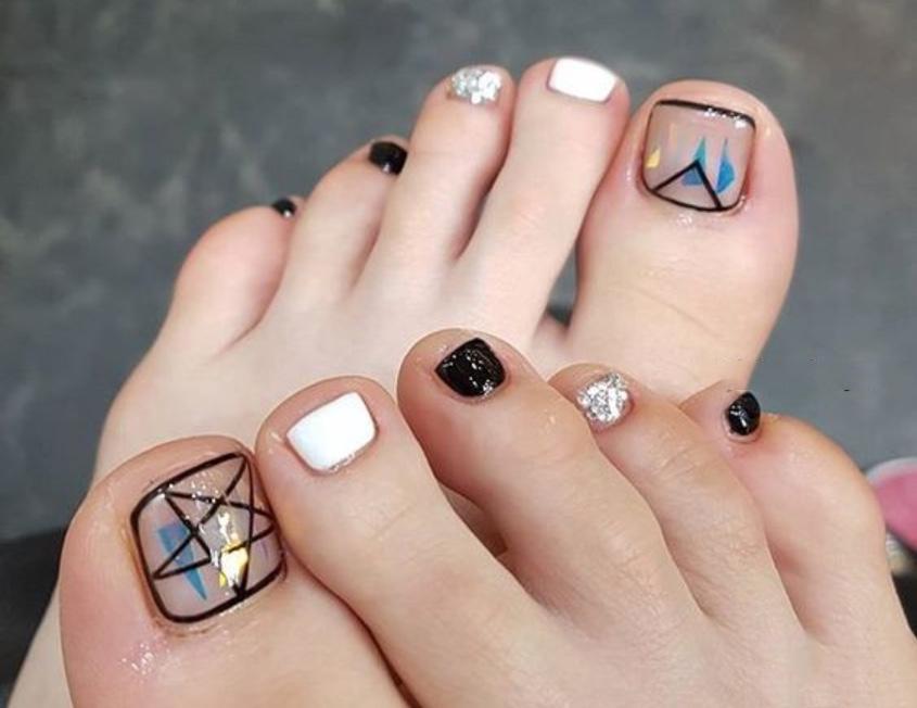 Mẫu nail móng chân đơn giản đẹp nhất
