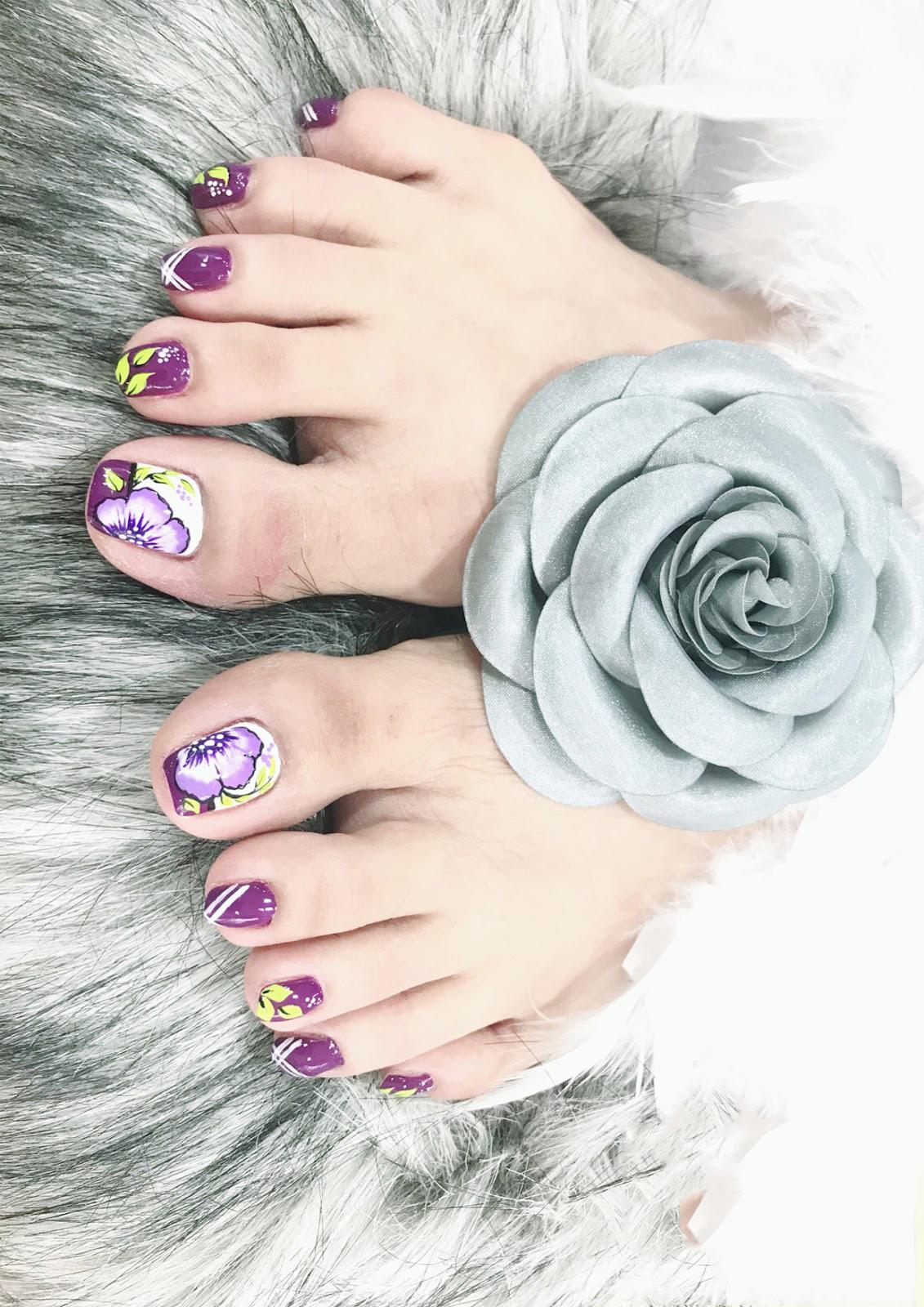 Mẫu nail móng chân sang trọng và đẹp nhất