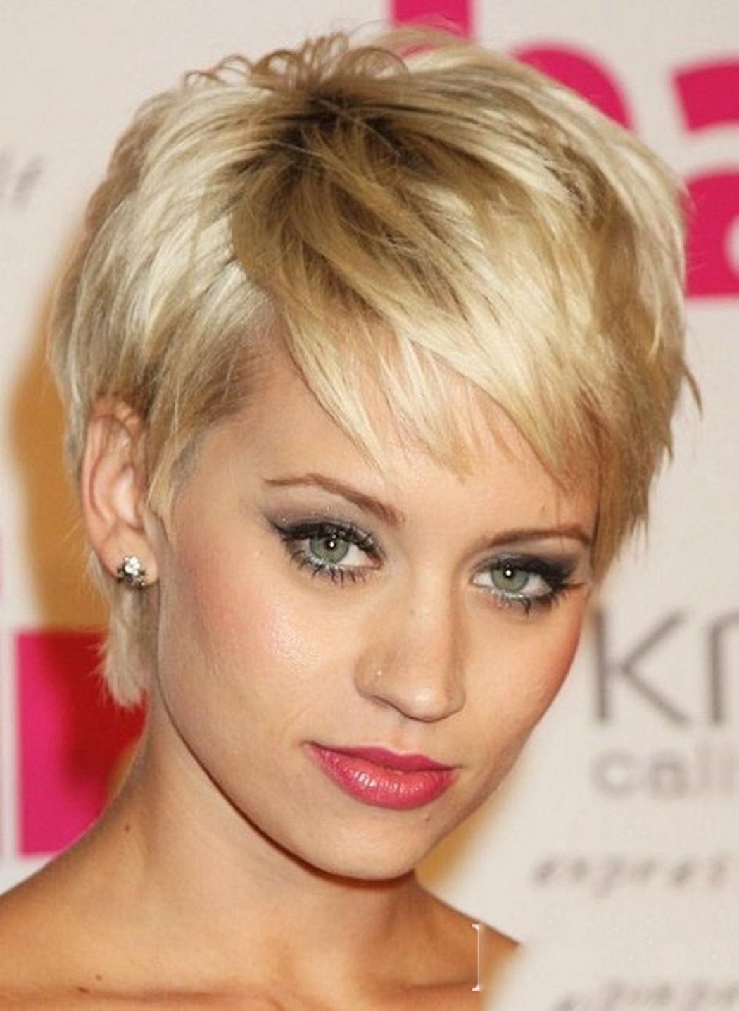Mẫu tóc tém ngắn cho quý bà hiện đại đẹp