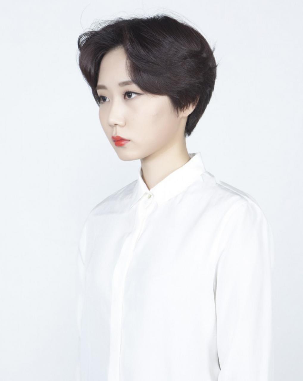 Mẫu tóc tém tuổi trung niên đẹp nhất