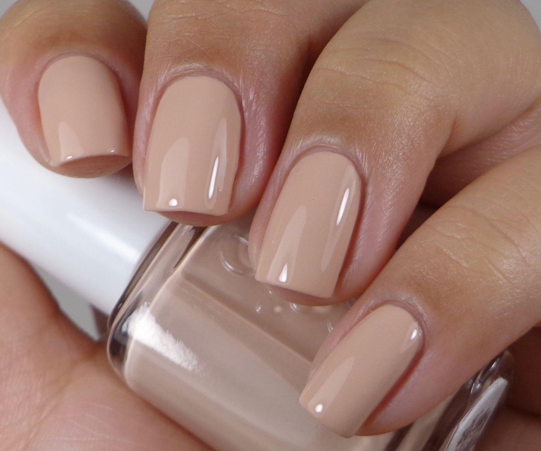 Những kiểu mẫu nail đẹp dành cho cô nàng móng ngắn