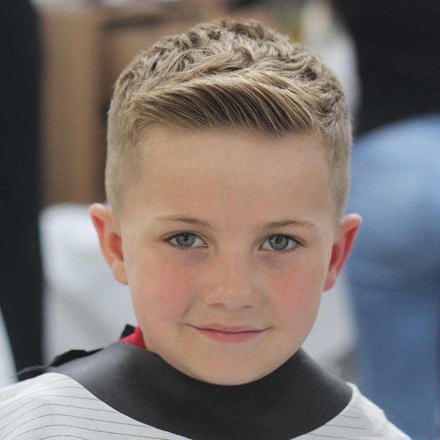 Kiểu tóc cho bé trai mái thưa đẹp nhất