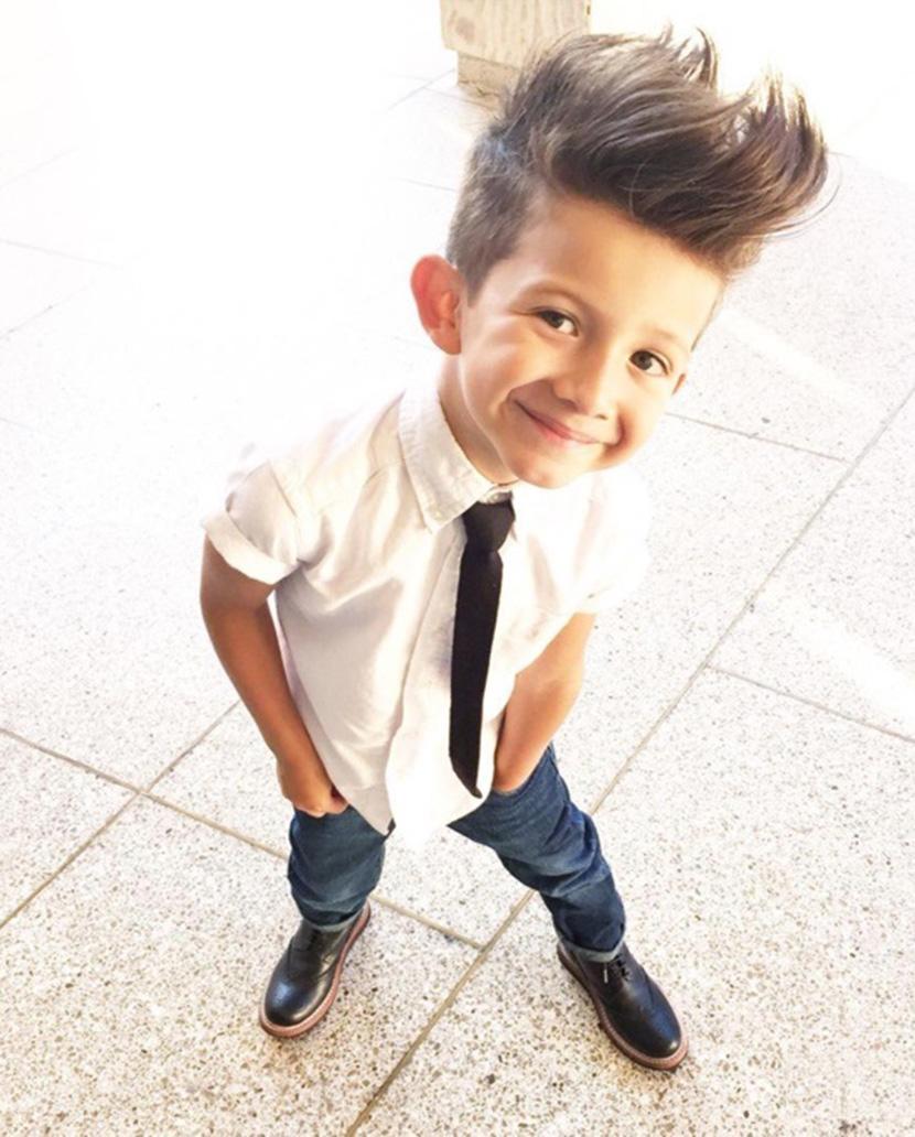 Kiểu tóc cho bé trai mặt to tròn đẹp nhất