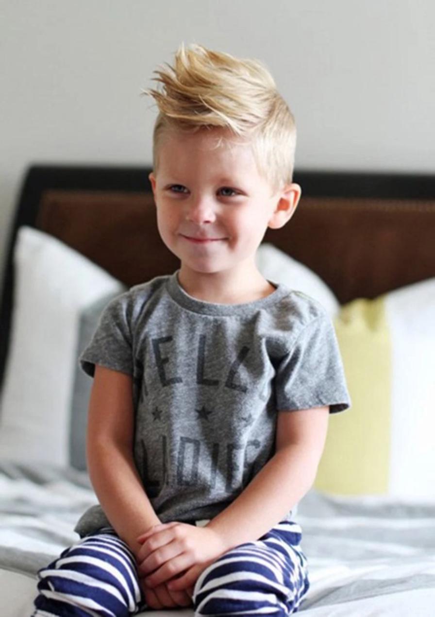 Kiểu tóc cho bé trai sành điệu đẹp nhất
