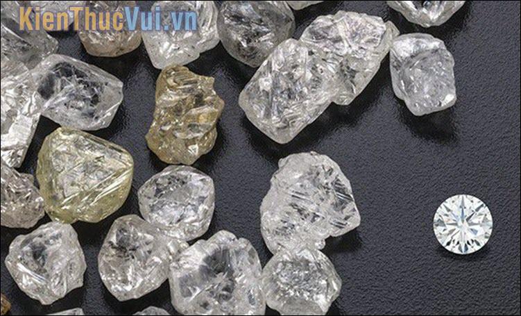Hột xoàn khác kim cương như thế nào