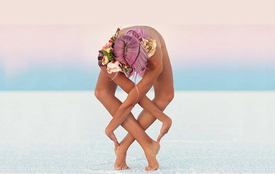 Tư thế Yoga đẹp ngỡ ngàng