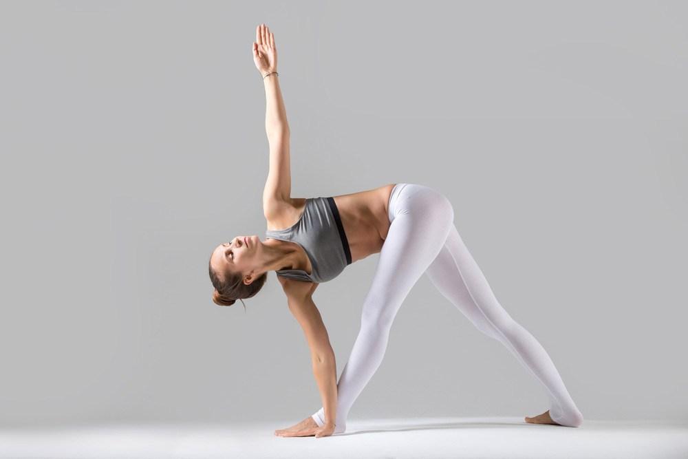 Tư thế Yoga tam giác vặn