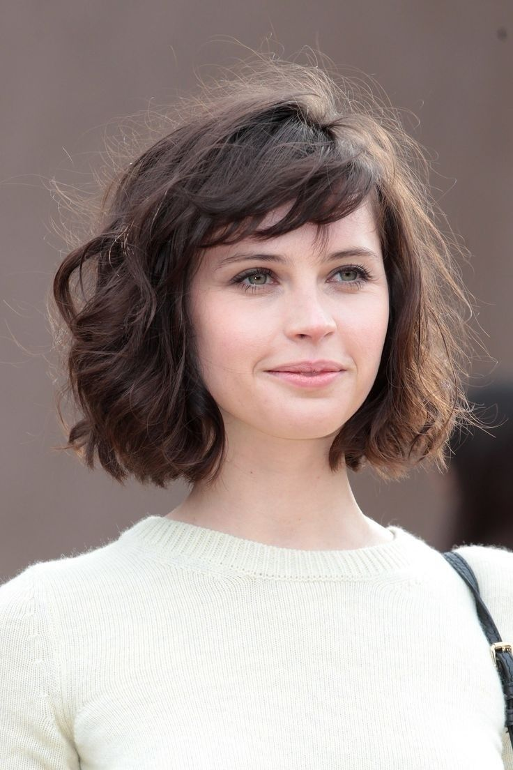 Kiểu tóc ngắn cho mặt vuông độ tuổi trung niên
