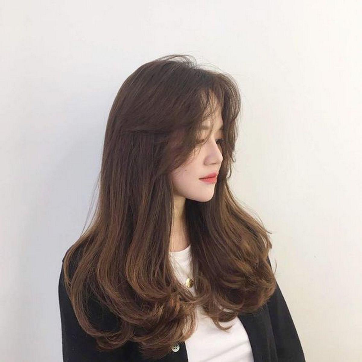 Kiểu tóc xoăn sóng nước lọn to dài đẹp nhất