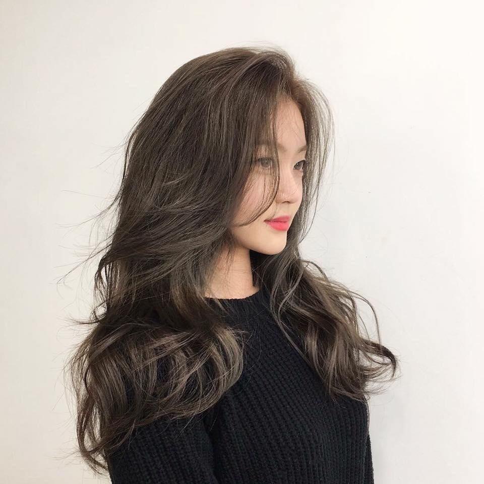 Kiểu xoăn sóng lọn to cho tóc dài