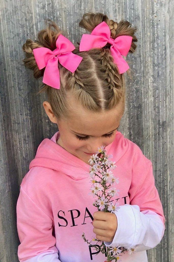 Kiểu buộc tóc dễ thương cho bé gái