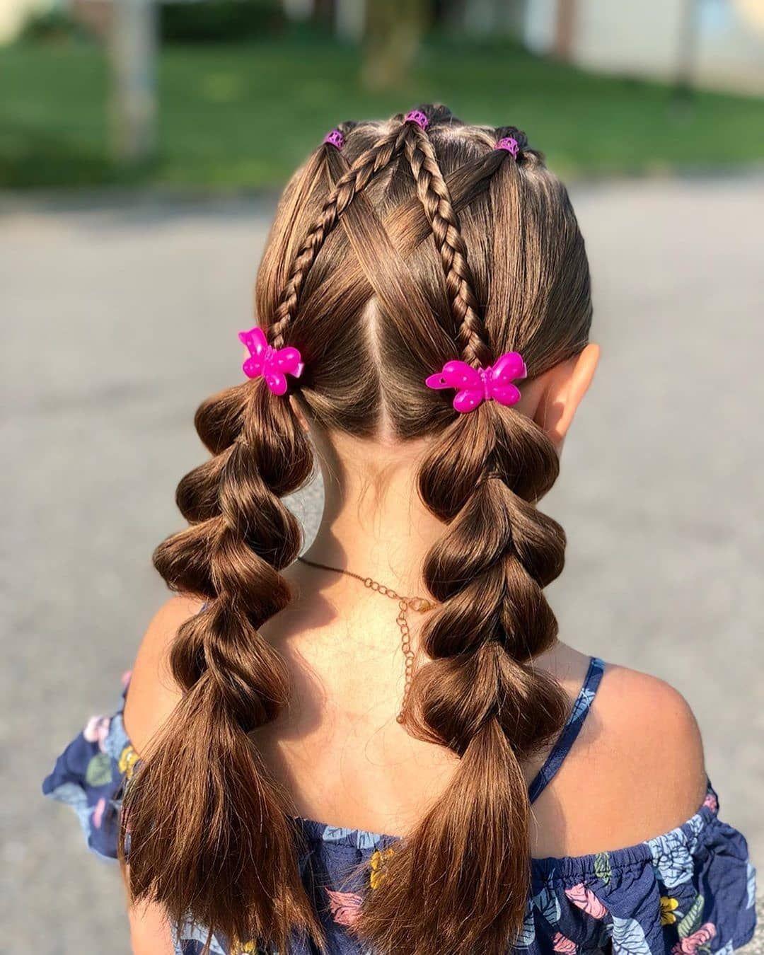 Kiểu buộc tóc đẹp cho bé gái tóc dài