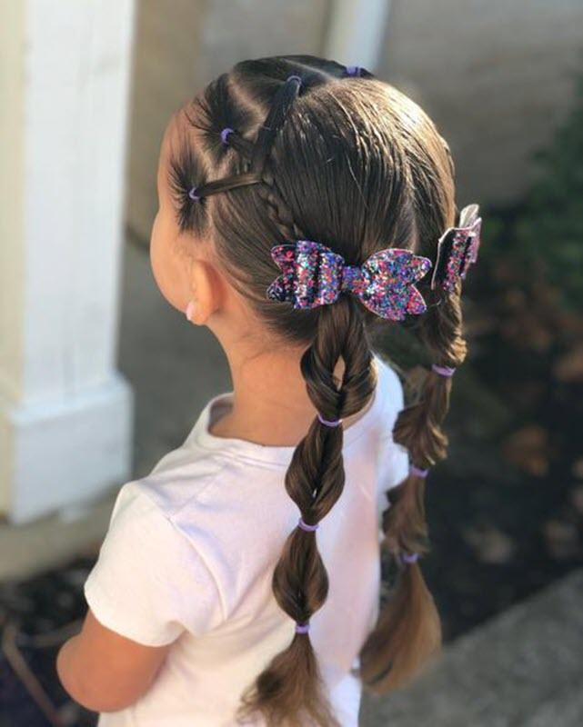 Kiểu buộc tóc đi học đẹp cho bé gái
