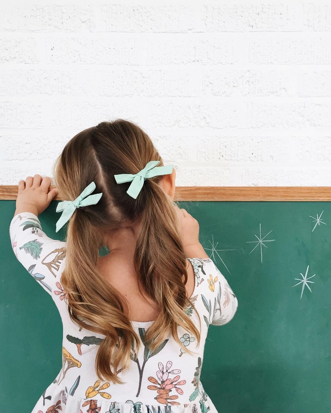 Kiểu buộc tóc hai ngà cho bé gái đẹp nhất