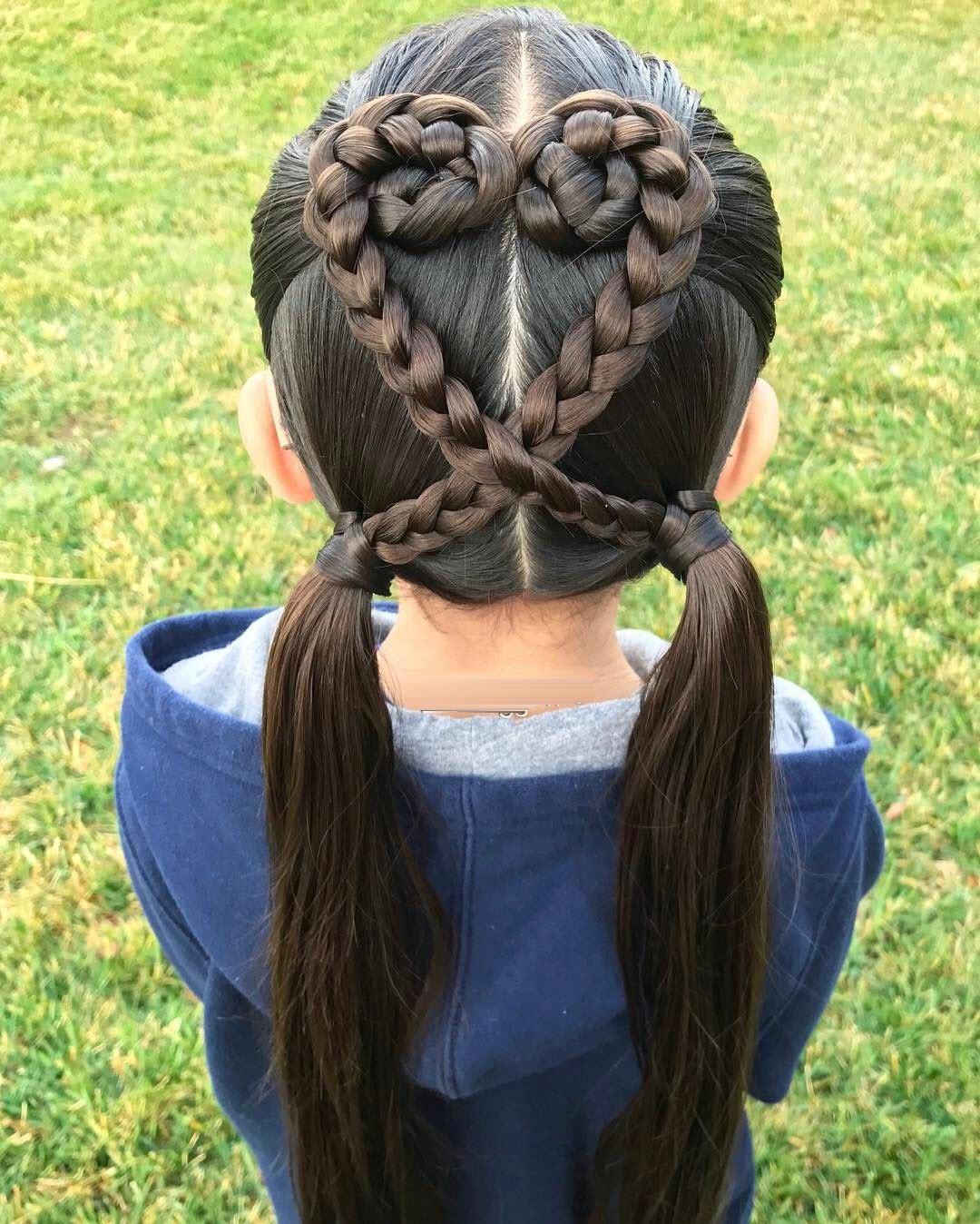 Kiểu buộc tóc hình trái tim cho bé đẹp nhất