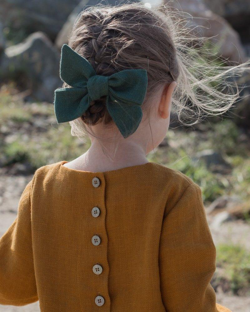 Kiểu tết tóc đi đơn giản cho bé gái