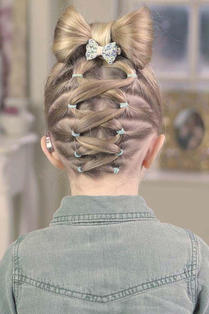 Kiểu tết tóc hình nơ cho bé gái