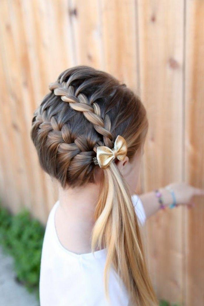 Kiểu tết tóc lệch đẹp cho bé gái