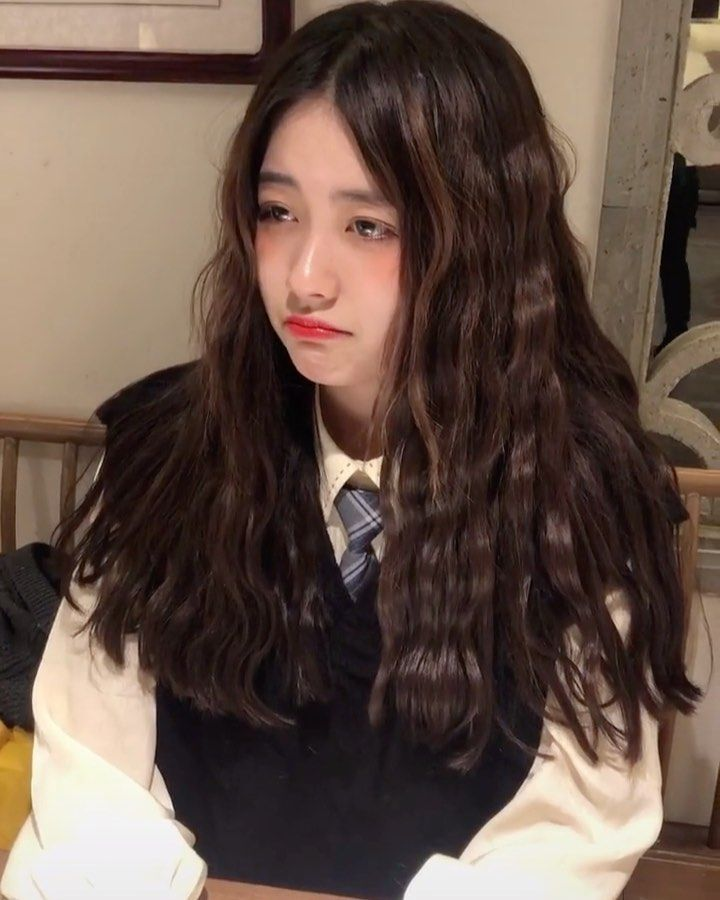 Kiểu tóc dài dập xù cực đẹp