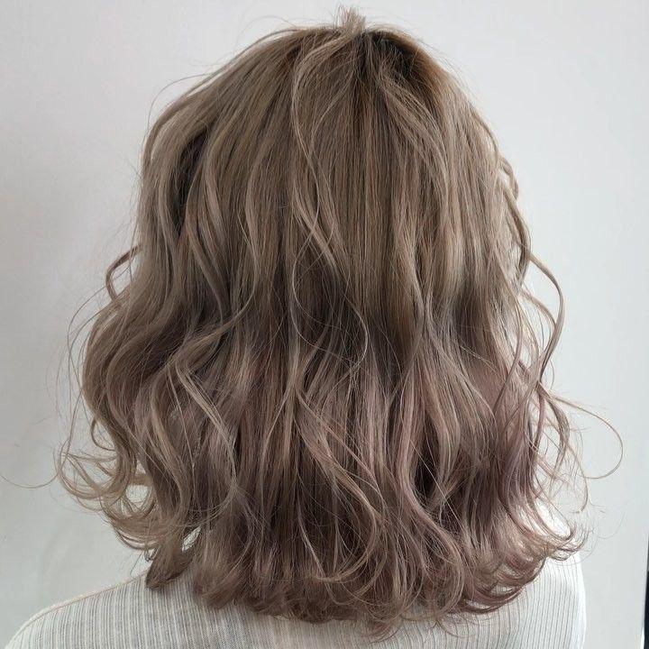 Kiểu tóc ngắn uốn xoăn sóng lơi đẹp dẫn đầu xu hướng